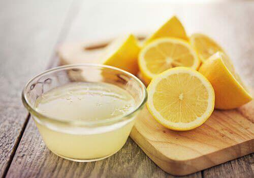 Лимонная вода для сердца и печени